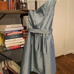 Alfred sung dress belted with one shoulder fit